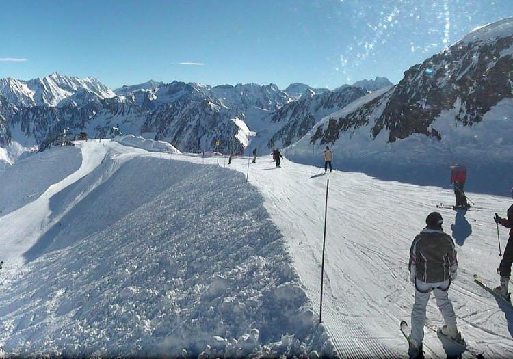 France Open Ski Resorts Lifts Running Onthesnow