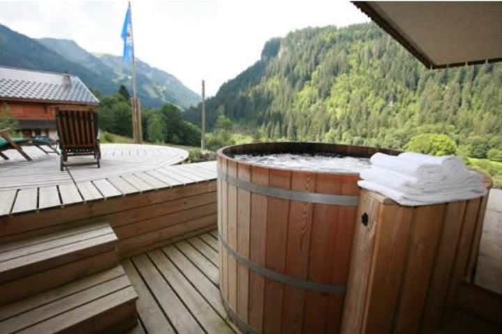 Ski Chalet In Chatel 4 Bedrooms Jacuzzi Hot Tub Sauna