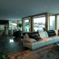 Chalet ground loup living area