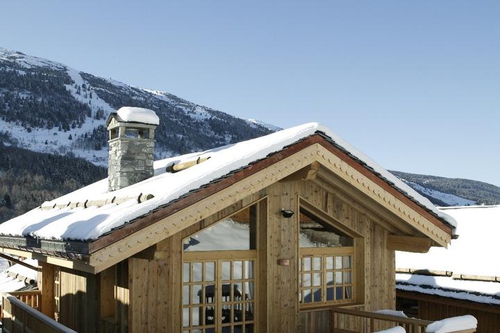 ski chalet in meribel 5 bedrooms tub sauna log wi fi 7321 allchalets