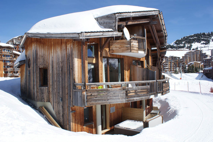 ski chalet in avoriaz 4 bedrooms ski in ski out tub sauna childcare