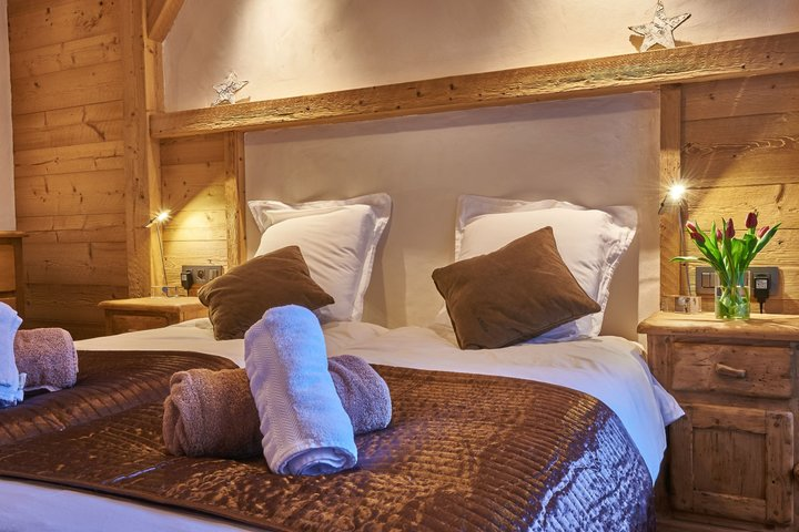 Luxury en-suite bedrooms
